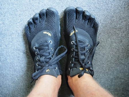 Back in black - Vibram FiveFingers Speed